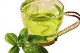 绿茶可以加蜂蜜吗 绿茶加蜂蜜的功效 蜂蜜绿茶减肥的正确方法