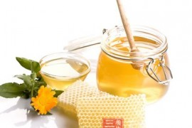蜂蜜水的作用与功效 让你变健康美人